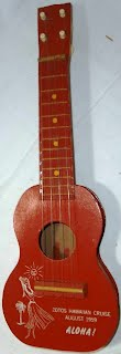 hawaiian tousrist mini Ukulele